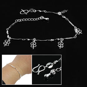 Women Silver Tone Metal Chain Clover Shape Pendant Bracelet Bangle